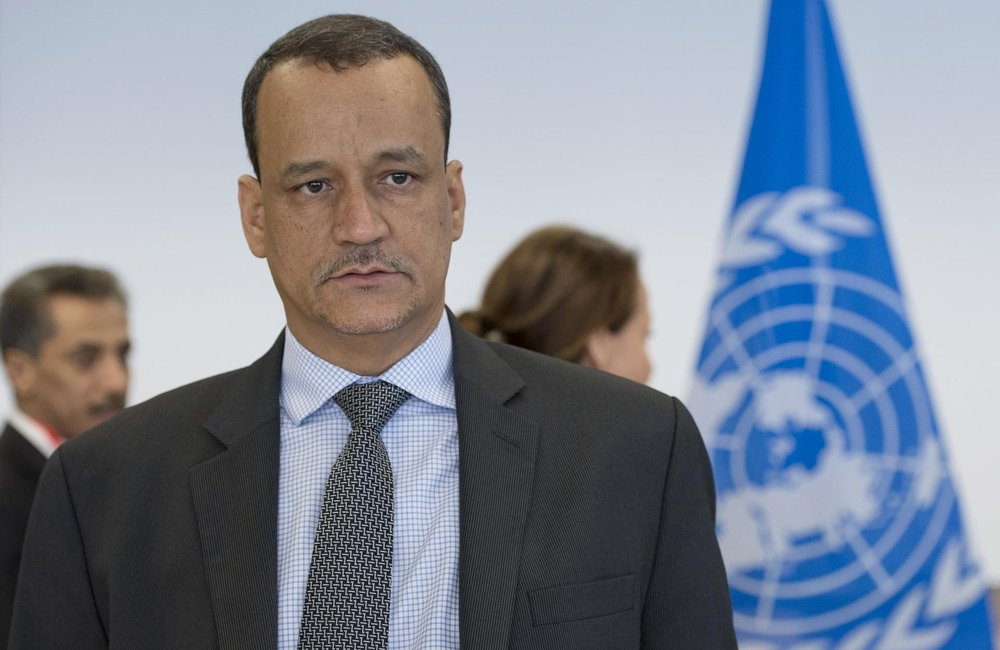Special Envoy Ismail Ould Cheikh Ahmed Meets Sana'a delegation, December 2015. UN Photo/Jean-Marc Ferré