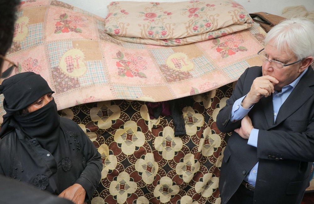 UN Special Envoy for Yemen, Martin Griffiths, visits an internally displaced woman in Marib