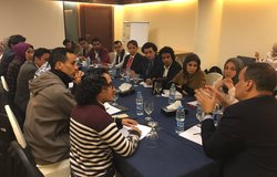 Ismail Ould Cheikh Ahmed listening to the recommendations made by young boys and girls from Yemen